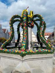 Osterbrunnen in Weiden